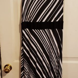 Sleeveless maxi dress, black/white